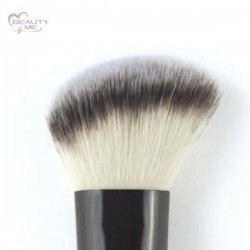 Pennello sfumatura zigomi Beauty & Trend's 3